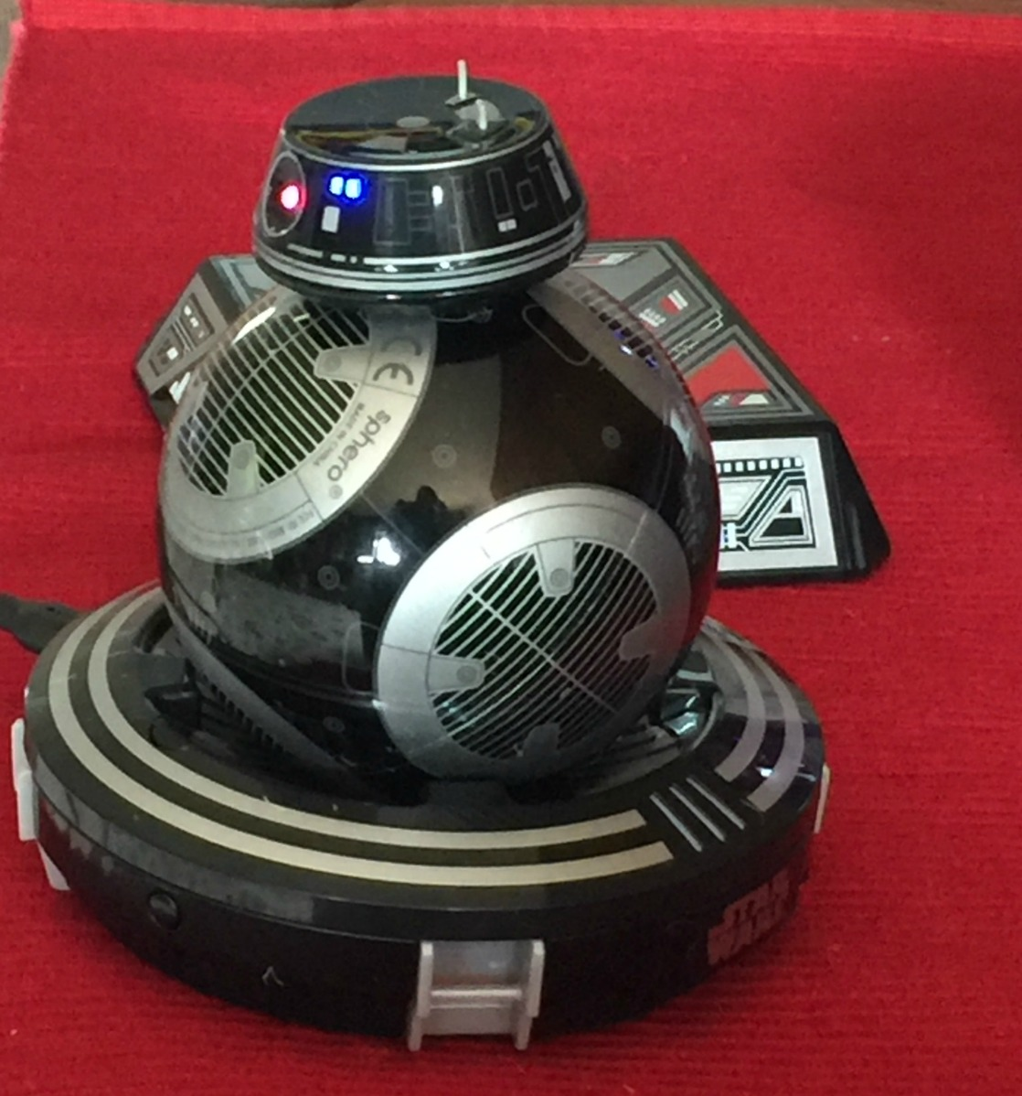 Refreshing Tech Toy Review: Star Wars BB-9E Droid from Sphero!